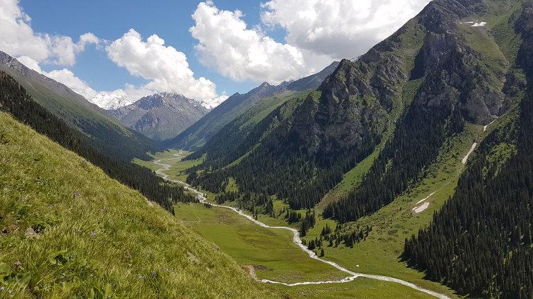 Backpacking in Kirgistan: Vorschlag für eine 2- oder 3- wöchige Reiseroute