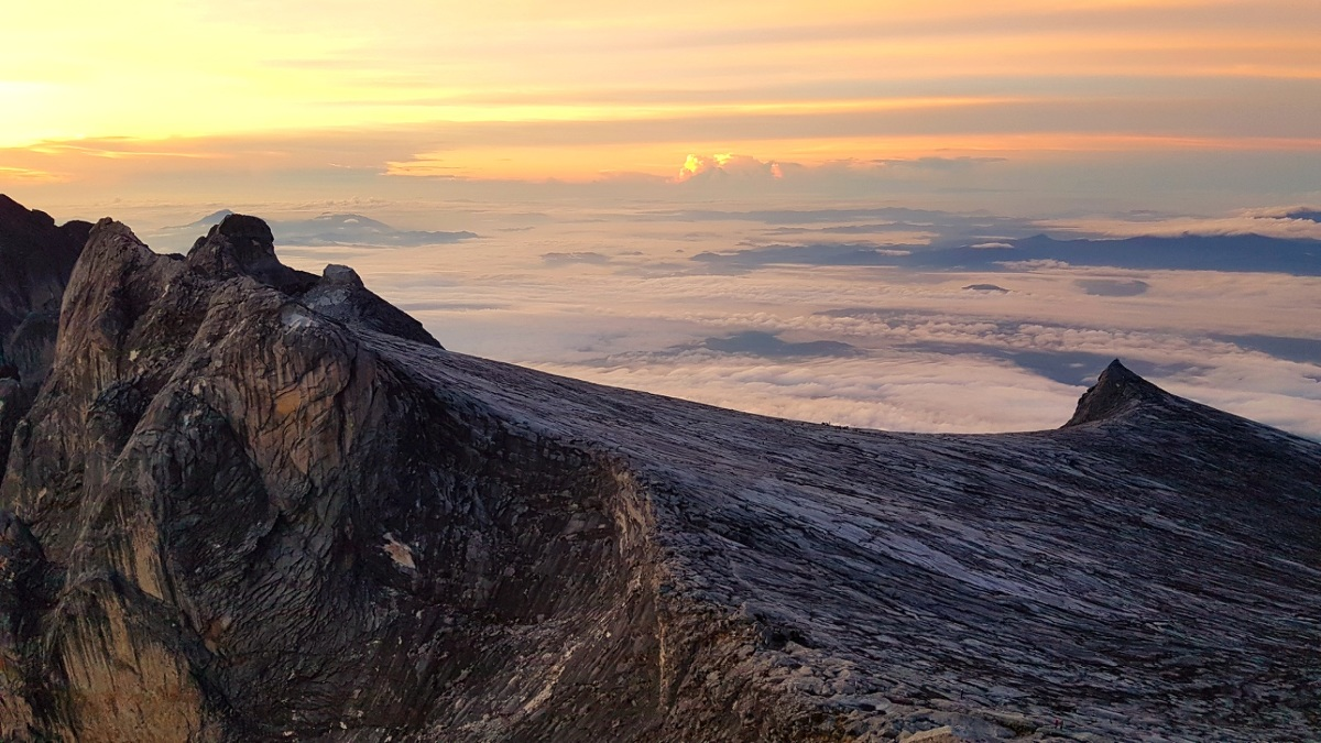 Über den Wolken: Wanderung auf den 4000 Meter hohen Mount Kinabalu